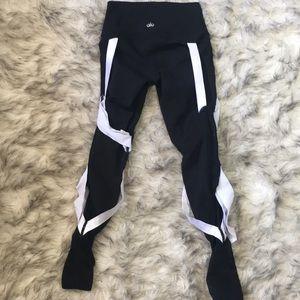 ALO Yoga Pants - Alo highwaisted bandage Legging